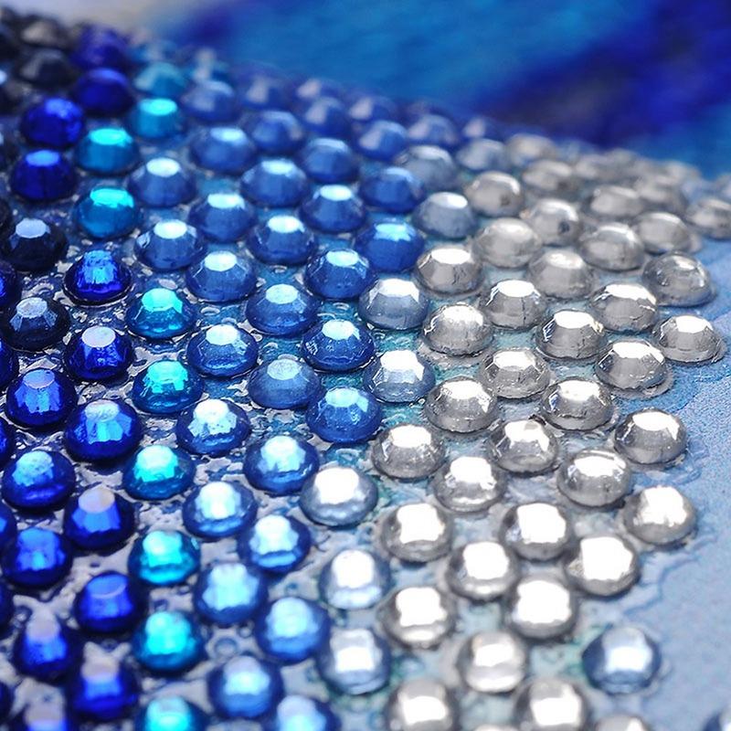 Алмазная вышивка с круглыми прозрачными стразами